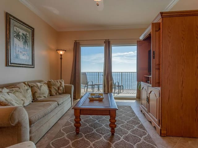 All reasonable offers considered!! *Crystal Shores 1002* - Gulf Shores - House