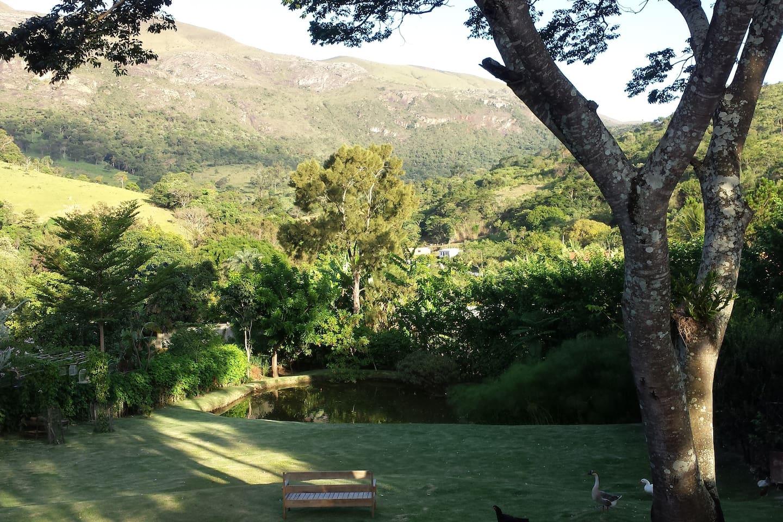 Vista deslumbrante da Serra da Moeda/Inhotim