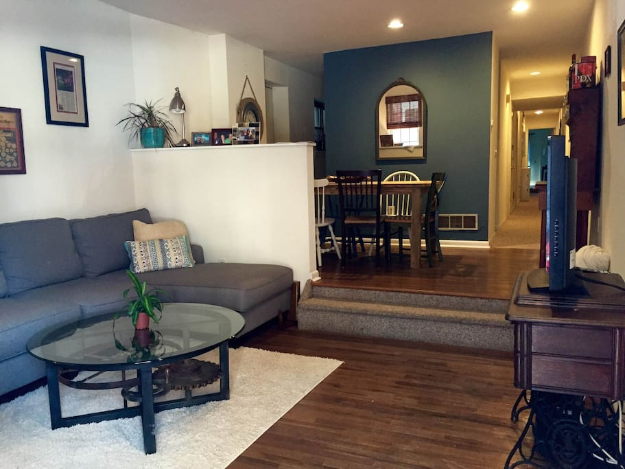 2 Bedroom Perfect For Papal Visit Apartments For Rent In Philadelphia Pennsylvania United