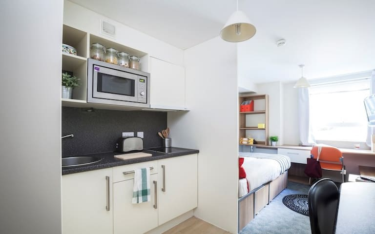 Modern Student Only Studio rooms nr Kings Cross