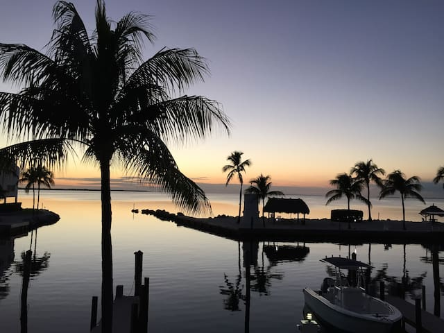 Beautiful Waterfront Townhouse - Islamorada - ทาวน์เฮาส์