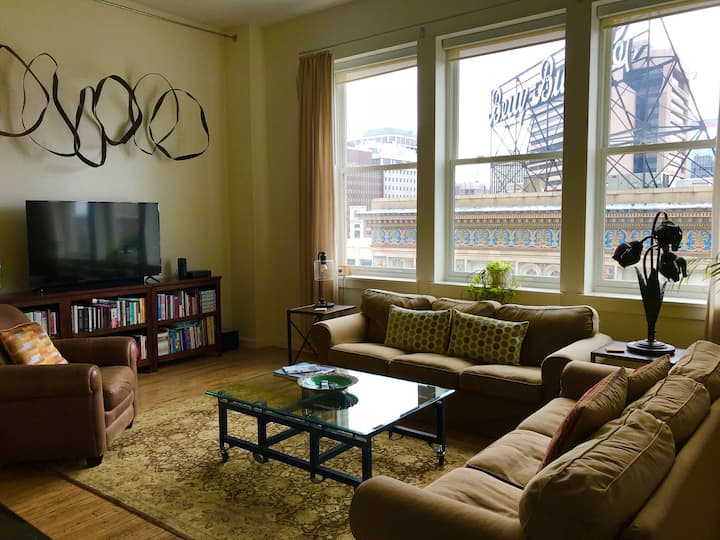 2BR/2BA in the heart of RVA (30+ day rentals)