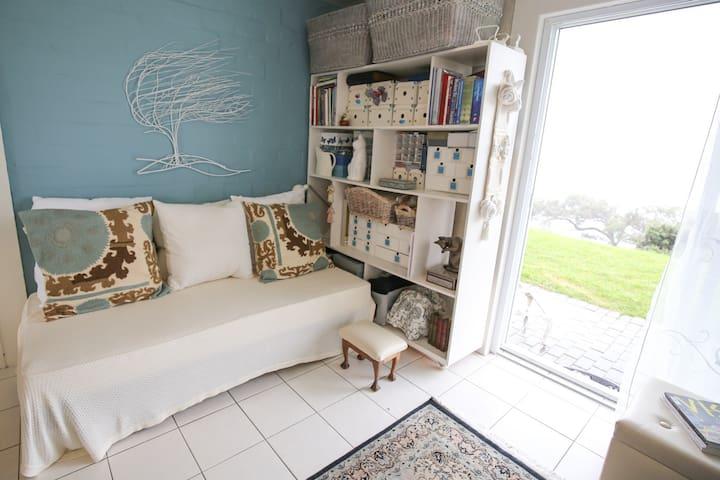 Simons Town artist's hideaway - Cape Town - Apartment