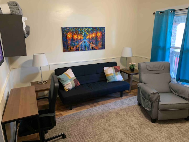 Tranquility Base 1BR/1BA Near Downtown Indy