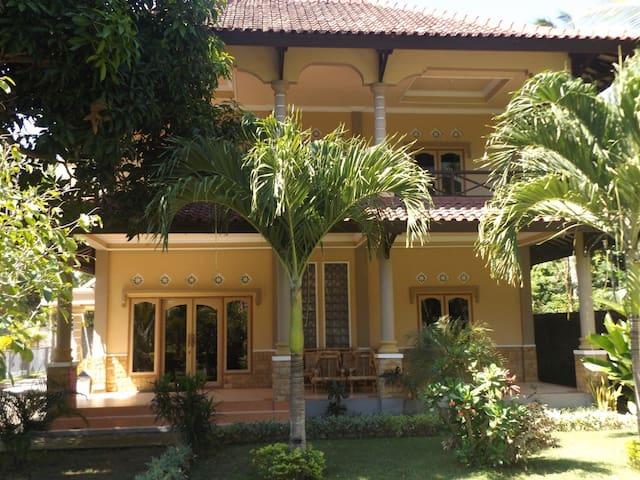 Sari Inn 2 Story, 4 Bedroom House