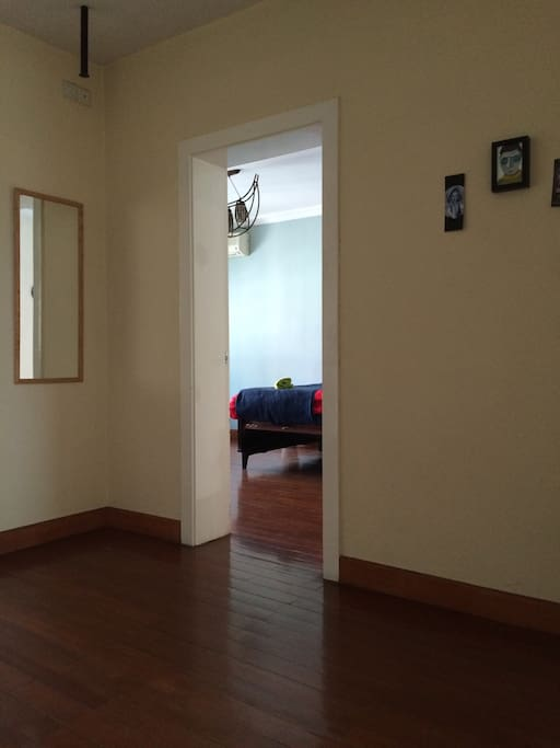 Entrance to the guestroom