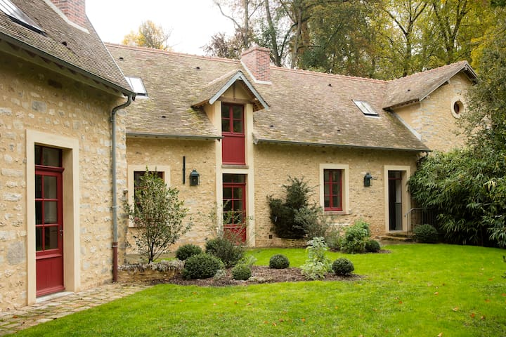 Lovely mansion 60km from Paris - Courances