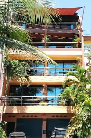 Drifters Beach Apartments - Sattahip - Apartment