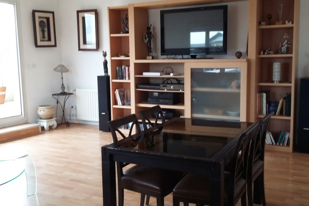 Tr s bel appt pr s du centre ville appartements louer for Appartement a louer bordeaux centre ville