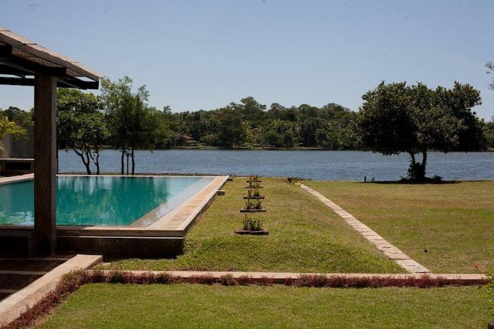 Bolgoda Lake House