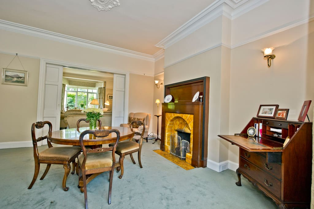 Dinning Room overlooking gardens linked to Sitting Room