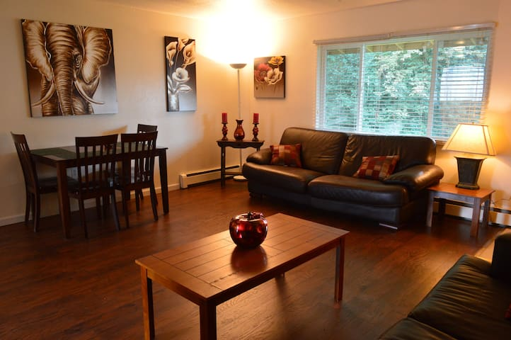 Spacious 2br 8 Min From The Airport - Anchorage - Departamento