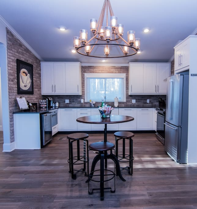 Beautiful fully equipped working kitchen. Full size refrigerator, oven/gas stove, microwave, dishwasher and wine fridge.  Enjoy complimentary Keurig Coffee.