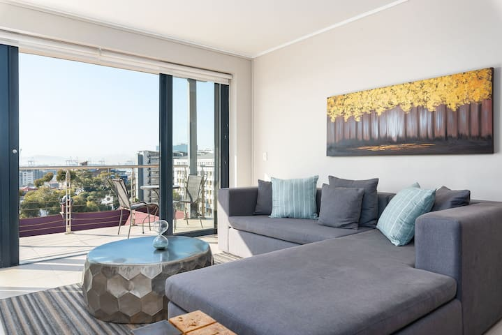 Rockwell 519 - Two Bedroom Apartment