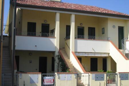 Villetta FINETTA - Porto Garibaldi - Rumah