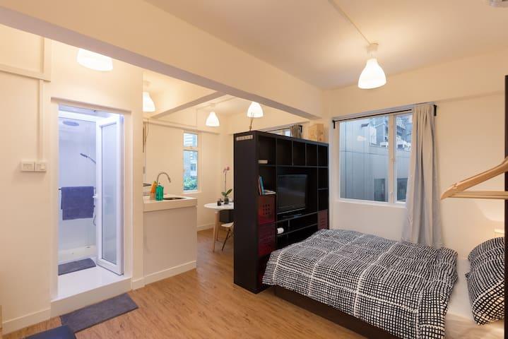 中环宽敞明亮的单居室公寓