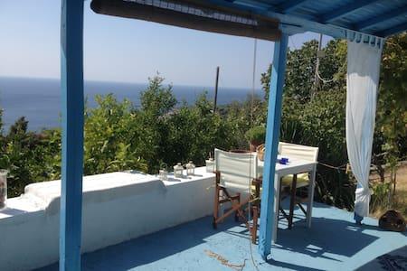 Blue Cottage - Alónnisos - Casa