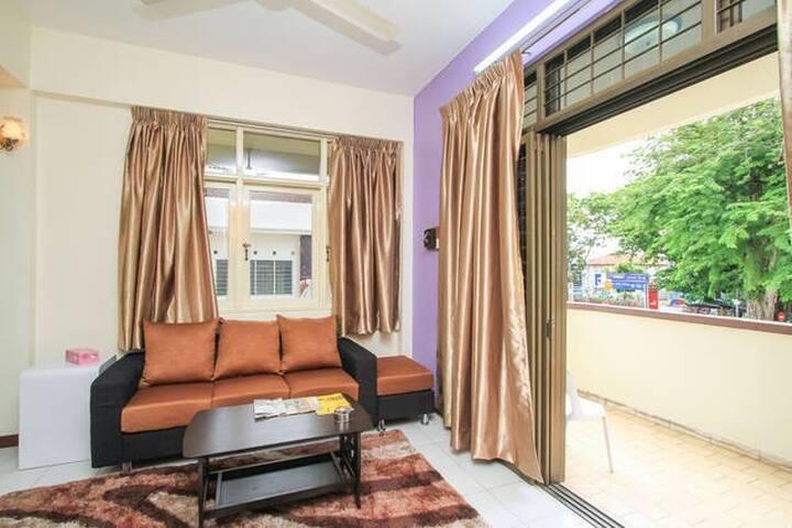 Florence Holiday Home Kelawei Apt 3 - George Town - Leilighet