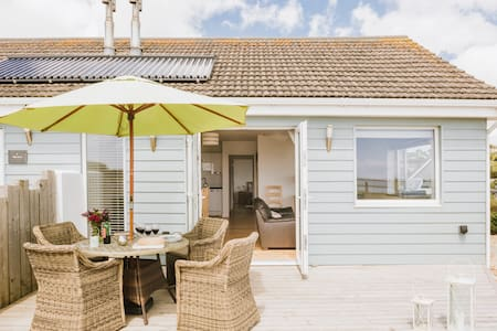 Rockpool, Beachside accommodation - Praa Sands - Bungalow