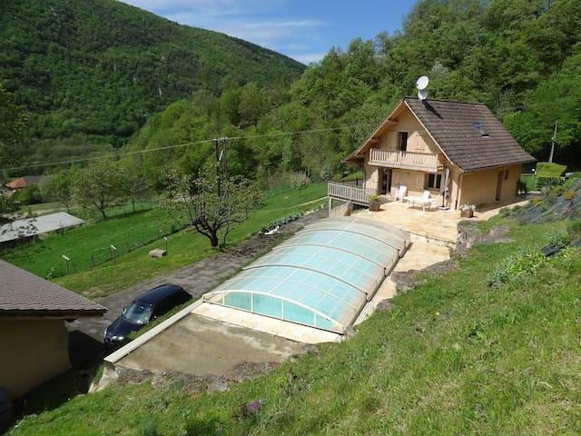 Maison-chalet à 15min de Grenoble - Pommiers-la-Placette