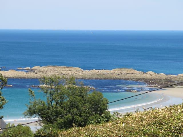 Grande maison familiale vue sur mer - Plougasnou - Hus