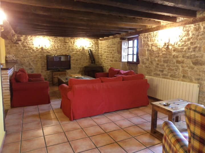 Casa rural La Toba II,  10 plazas