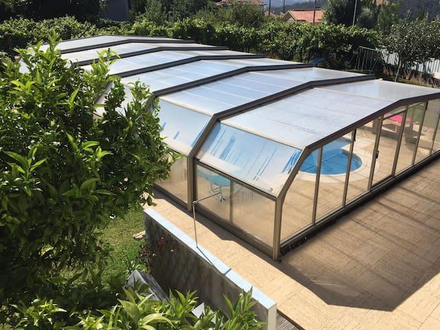 Maison 2 Chambres accès piscine - Sandim - Dom