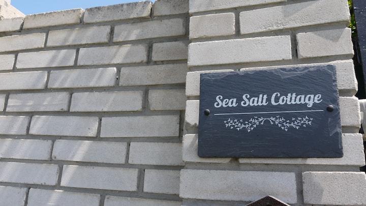 Sea Salt Cottage - 4 Minutes walk to Beach