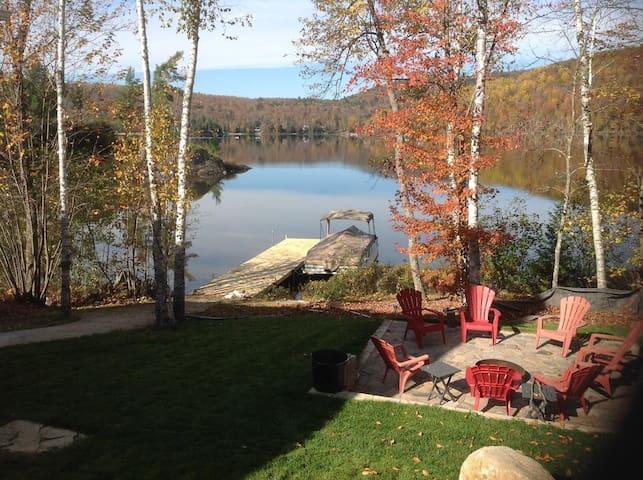 Spacieuse Maison bord du Lac Gagnon - Duhamel - Casa
