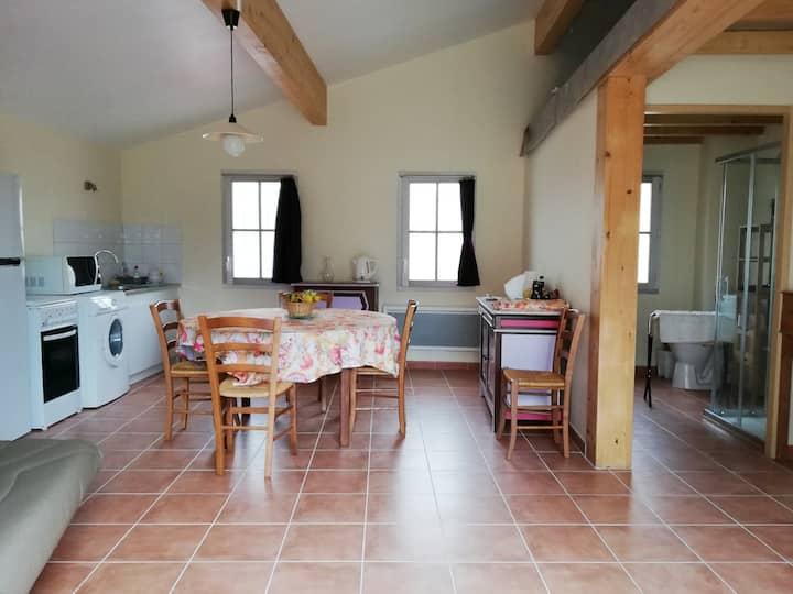 Appartement à Fanjeaux, près du Seignadoux