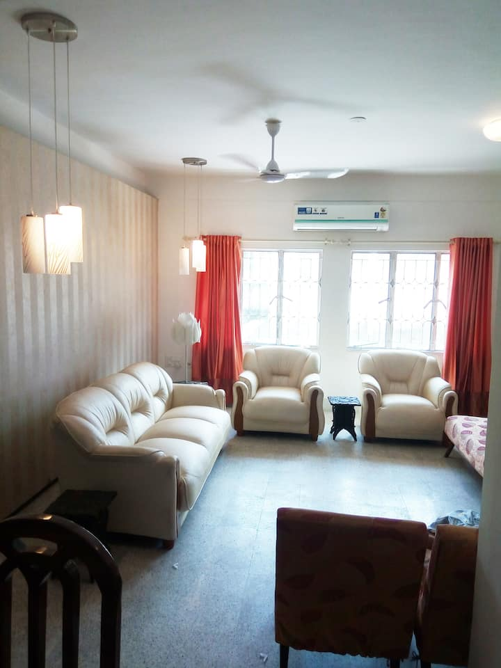 Luxury 3 bedroom Flat with Parking, Kolkata