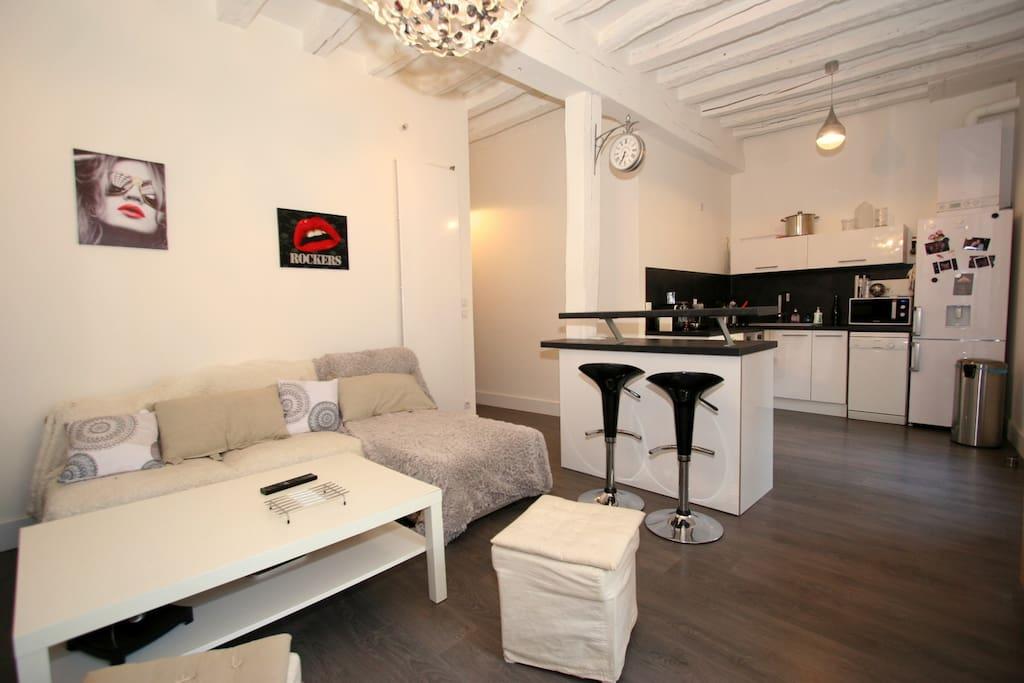 2 pi ces cath drale appartements louer chartres centre france. Black Bedroom Furniture Sets. Home Design Ideas