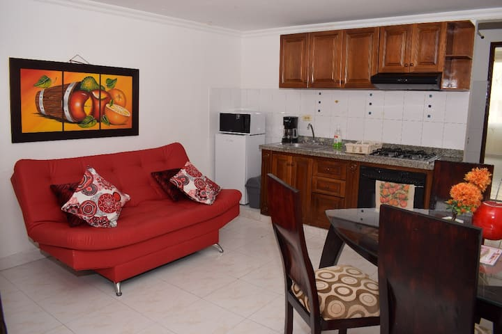 Well located  apartment in lively Bocagrande