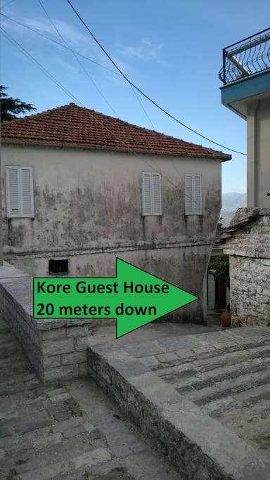 Kore Guest House is located 10 meters down this sokaku/alley