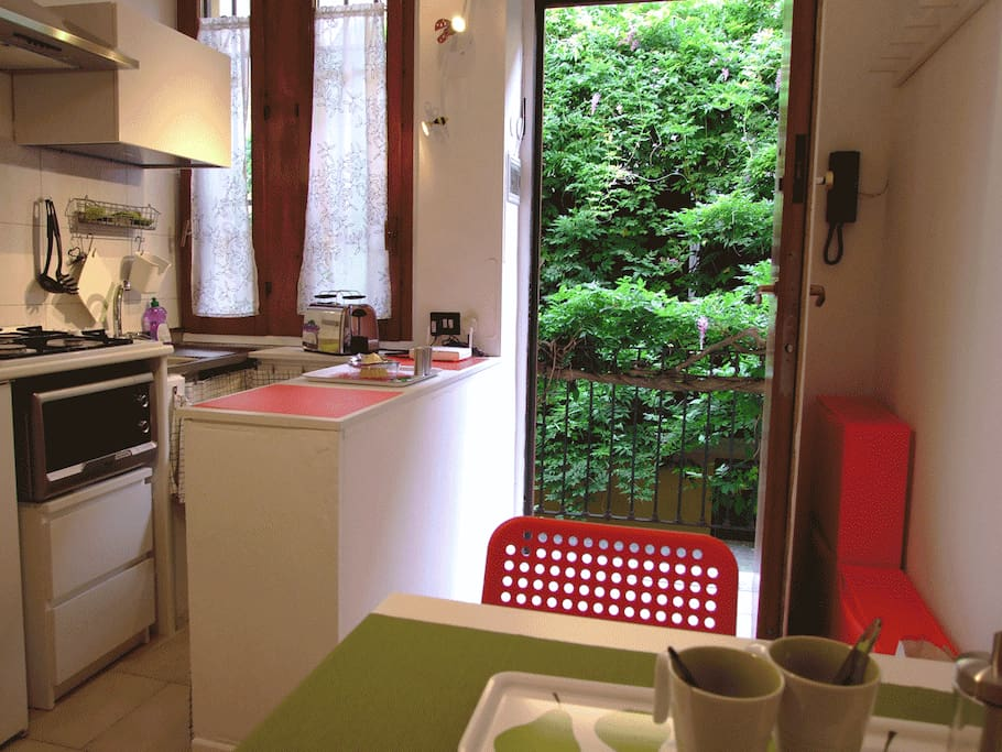 Le case di ringhiera milanesi sono una soluzione abitativa tradizionale della città
