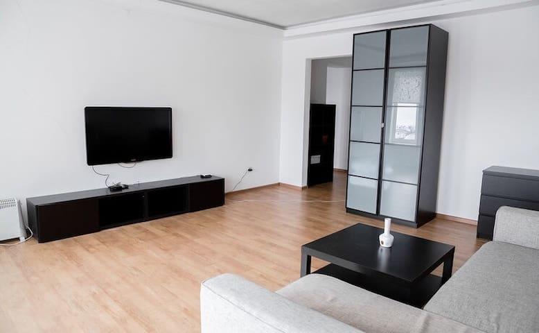 2 квартиры по соседству