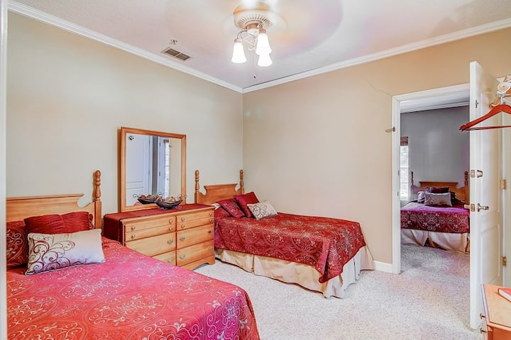 Chassahowitzka Hotel - Crystal River Suite