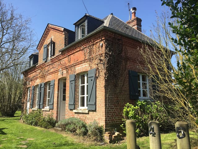Cottage near to Honfleur - Berville-sur-Mer - 一軒家