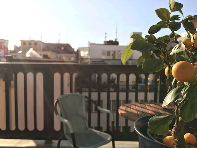 ☀ Juicy Rooftop Apart with Balcony ☀