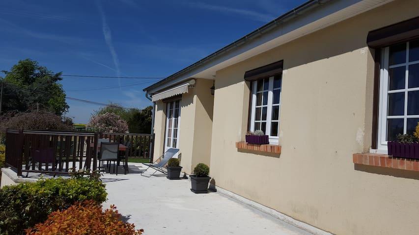 Maison confortable avec jardin - Hectomare - Дом