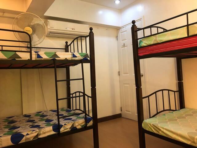 Bedroom with 3 bunk beds