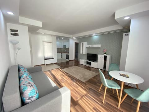 Green Deluxe Apartment Cosmopolis
