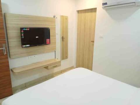 Uday Residency Private Room-1 Wi-Fi En-Suite Bath