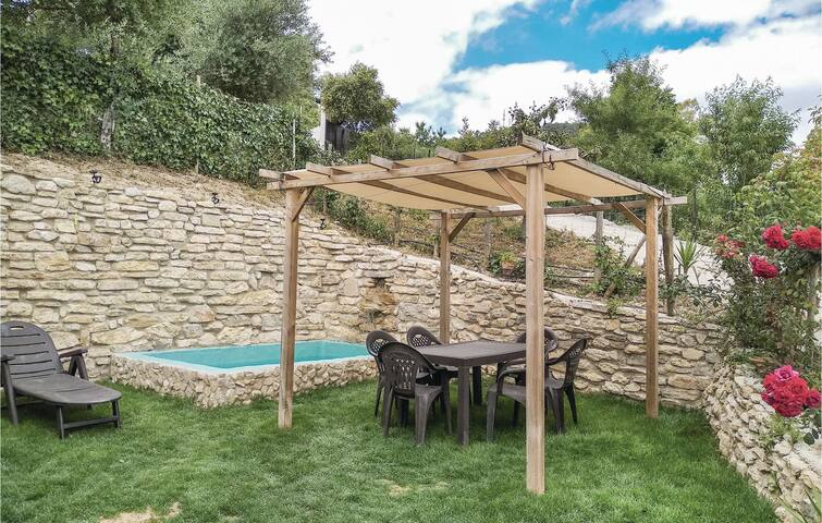Holiday cottage with 3 bedrooms on 75m² in Prado del Rey