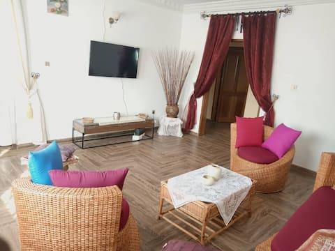 Appartement cosy BIYEM-ASSI