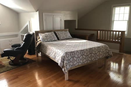 Exceptional Studio Apartment ID# TBES-AWMU 3N
