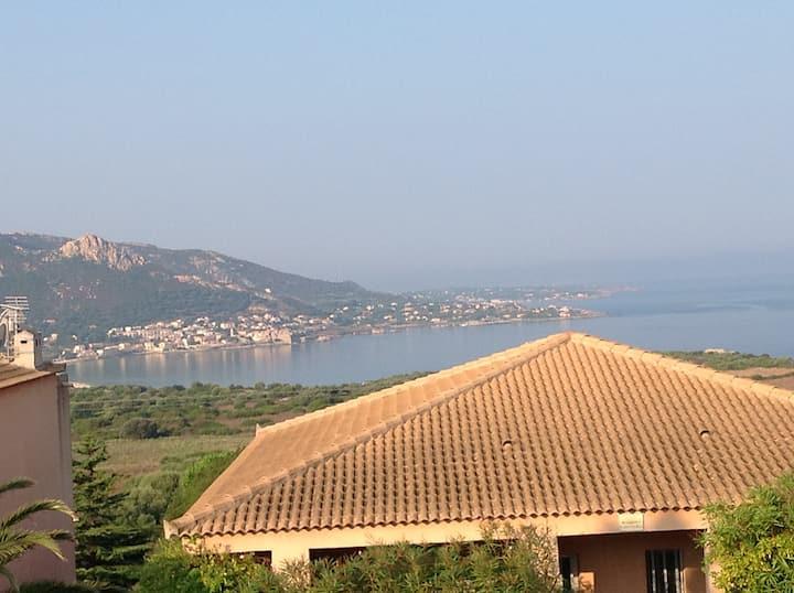 monolocale vista mare corsica