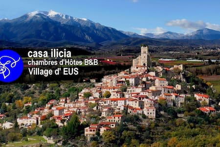 Casa ilicia B&B Village d'EUS - Bed & Breakfast