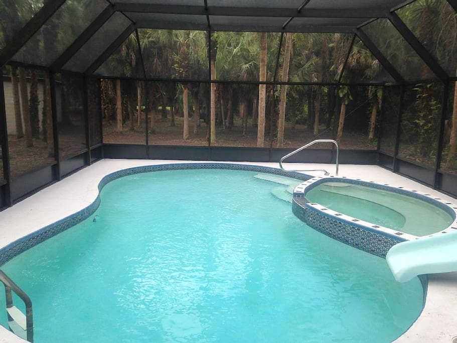 large pool with 8ft deep  end. Heater is available if need be- Slide has been removed