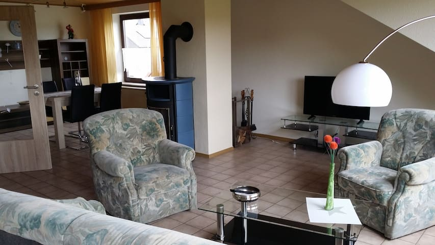 """Ferienwohnung """"Am Frankenbach"""" - Sinzig - Apartment"""